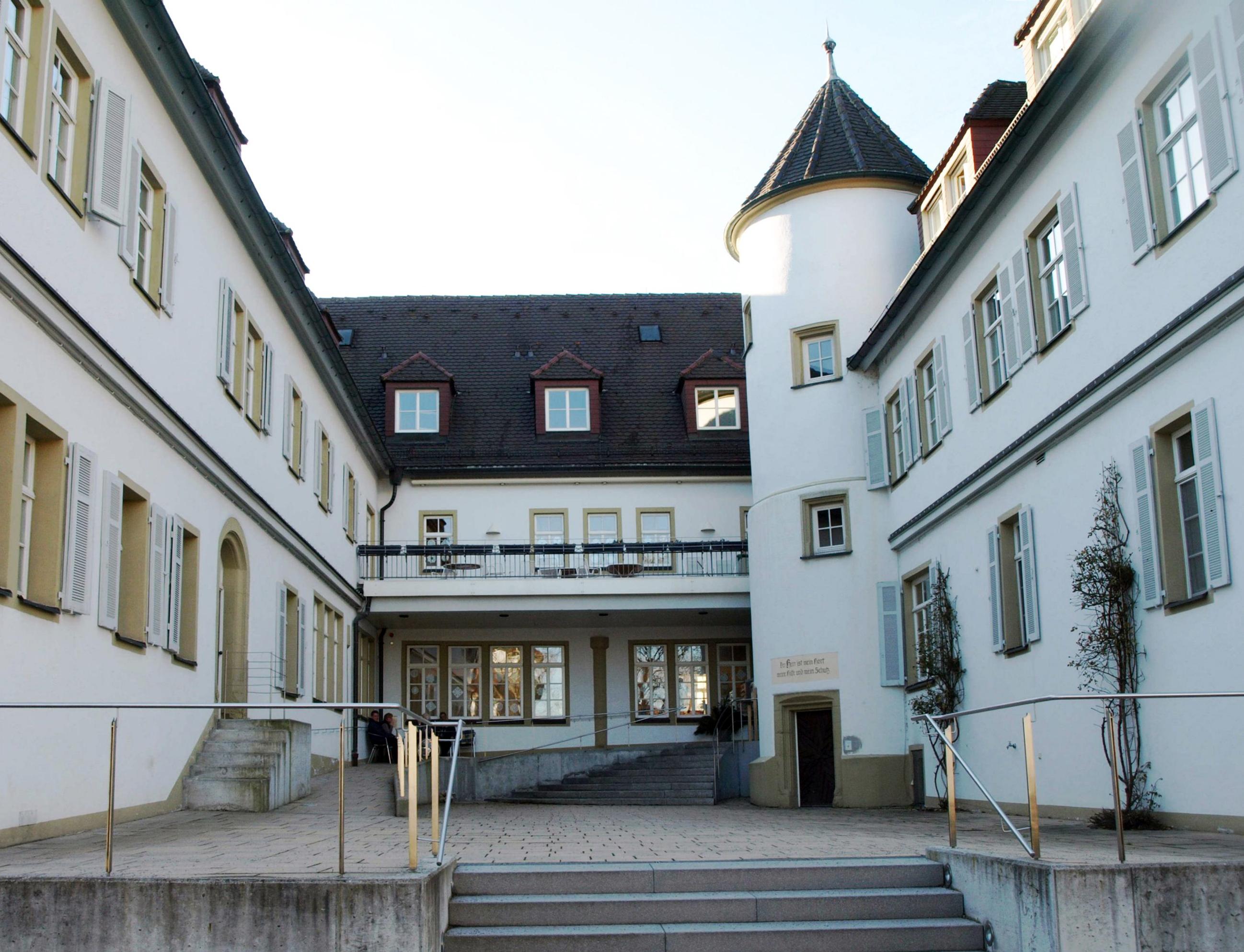 Das Schloss Stammheim, heute Altenheimat.