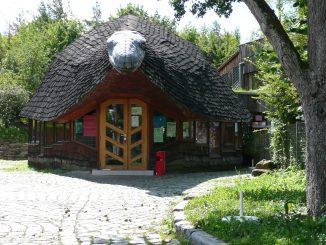 Gebäudeansicht Jugendhaus Stuttgart-Stammheim